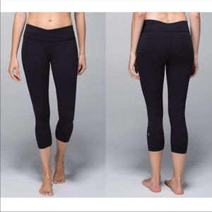 lululemon Astro Capri Leggings
